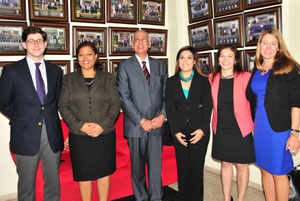 Mr. Roberto Aleu - World Bank Consultant; Mrs. Dulce Luciano - Director of the Financial Analysis Unit; Doctor Fidias Aristy - Chairman of the National Drug Council; Mrs. Ana Folgar - World Bank Consultant; Mrs. Alejandra Quevedo - World Bank Consultant; Mrs. Emily Reinhart - World Bank